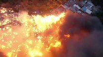 Бразильская фавела охвачена огнем