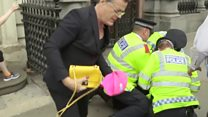 Man fined over Izzard beret theft