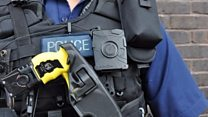 Police body cams 'cut complaints'
