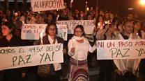 Decenas de miles marchan en Colombia para defender el acuerdo de paz rechazado en el plebiscite del domingo