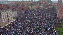 اعتراضات زنان لهستان و رد قانون ممنوعیت سقط جنین