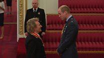 Rod Stewart receives knighthood