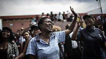 En Afrique du sud, quatrième semaine.d'affrontements