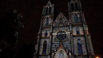 Light festival transforms Prague