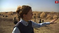 इस्लामिक स्टेट लड़ाकों से कुछ ही दूर से जंग का हाल