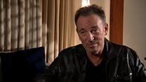Bruce Springsteen: 'Trump is a conman'
