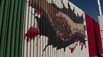 Mexican graffitists target border fence