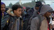 फ़्रांस के कैले से हटाए गए प्रवासी
