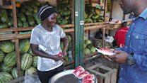 Bondia wa Tanzania anayeuza matunda