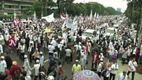 Thousands protest against Jakarta governor