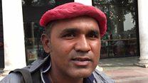 'दिल्ली की हवा बस झेल रहे हैं'