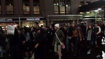 न्यूयॉर्क में 'गो अवे ट्रंप'