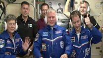 นักบินอวกาศหญิงอายุมากที่สุดเดินทางถึงสถานีอวกาศแล้ว