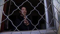 Демократия по-китайски: живой забор у двери кандидата