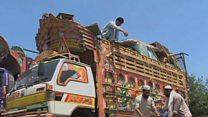 पाकिस्तान में अफ़गान नागरिकों की मुश्किलें