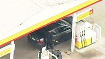 Fugitivo faz duas paradas para abastecer durante perseguição policial na Austrália