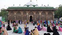بعد حظر 4 أعوام .. نساء يدخلن مسجدا في الهند