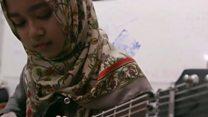 """Хеві-метал у хіджабі: чому в Індонезії більшає """"укритих"""" жінок?"""