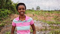 Dumarka Afrika: Gabar dooneysa inaad beeraha jeclaato