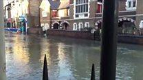 Burst water main floods Stoke Newingotn