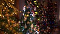 100 شجرة تزين أحد البيوت في ألمانيا بمناسبة عيد الميلاد