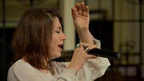 أغاني كردية وتبرعات لسوريا