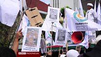 Sidang pertama Ahok: 'Pendukung dan anti-Ahok berunjuk rasa bersama'