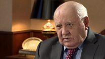 غورباتشيف: أن الغرب يتآمر على بوتين