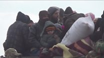 هزاران جنگ زده محاصره شده در شرق حلب در انتظار از سرگیری عملیات خروج