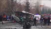Türkiyə: partlayışdan sonra yanan avtobus