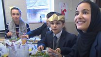 School serves 'rubbish' Christmas lunch