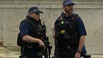 بريطانيا تنشر فرق مكافحة الإرهاب لحماية احتفالات الميلاد