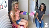 A dupla que transforma a vida de crianças doando próteses 3D