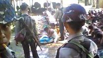 """بالفيديو: شرطة ميانمار """"تعتدي"""" على شباب من مسلمي الروهينجا"""