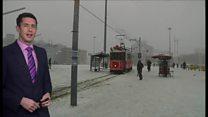 ギリシャやトルコにも雪 凍える欧州
