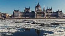 Льодохід на Дунаї:кадри з дрона