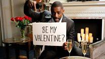 Idris Elba 'melelang dirinya sendiri' sebagai teman kencan di hari Valentine