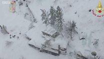 图辑:意大利雪崩 一家酒店被掩埋