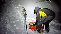 Primeras imágenes del hotel sepultado por una avalancha en Italia