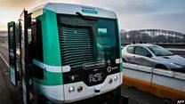 В Париже открыли маршрут с беспилотными автобусами