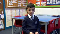 طفل عراقي أصمّ يواجه الترحيل من بريطانيا