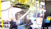 У Нью-Йорку пікап встромився у автобус з пасажирами