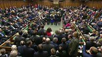 مجلس العموم البريطاني يخول رئيسة الوزراء البدء بإجراءات الخروج