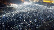 Phone protest: Romanians light up demo