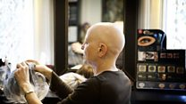 هل يصلح الشعر المستعار ما أفسده السرطان؟