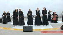 O grupo de rock formado por freiras que tem o papa entre seus fãs