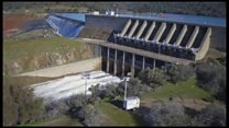 Повреждение аварийного водосброса на плотине в Калифорнии