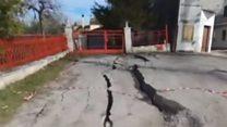Зсув повільно руйнує селище в Італії