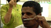 شركة عطور هندية توظف المكفوفين لتطور حاسة الشم لديهم