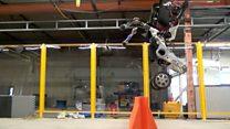 Google'ın her engeli aşabilen yeni robotu